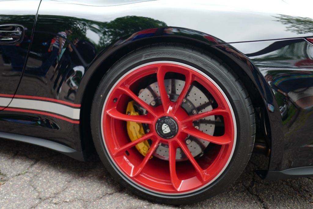 Larz Anderson German Car Day 2017 - 911R black and red wheel