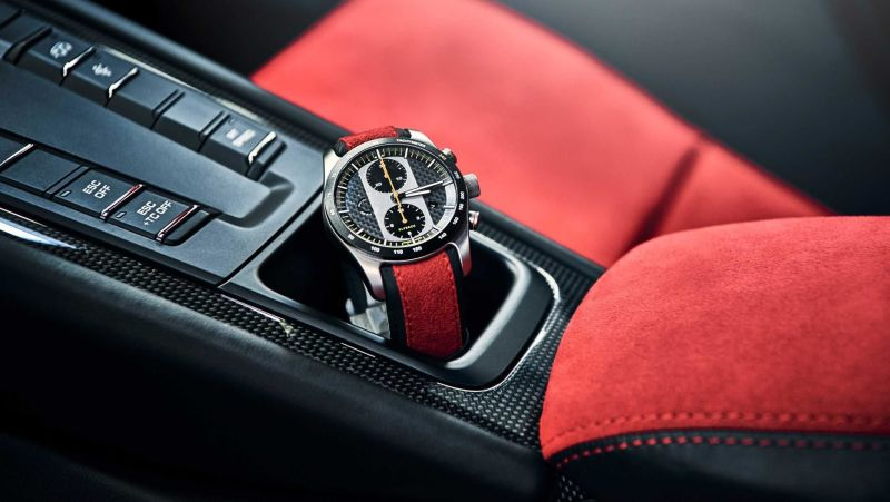GT2RS with matching watch