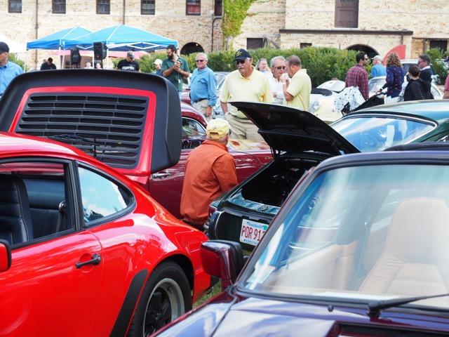 Porsche Day 2017 Larz Anderson Museum - hiding
