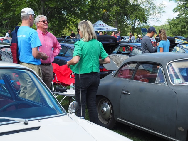 Porsche Day 2017 Larz Anderson Museum - happy people