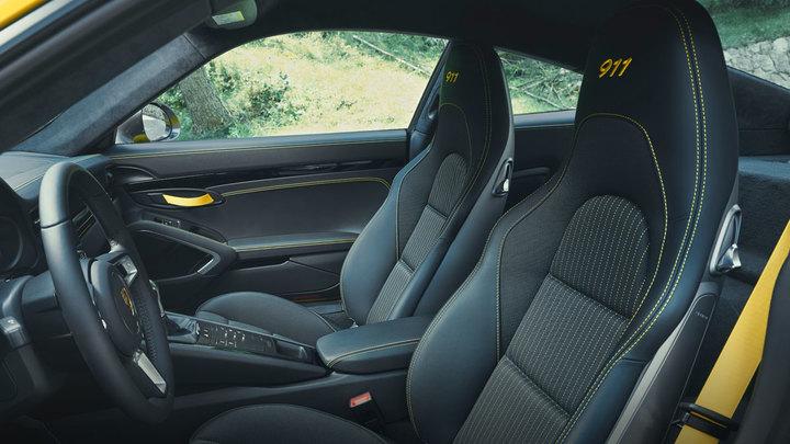 porsche 911 T interior