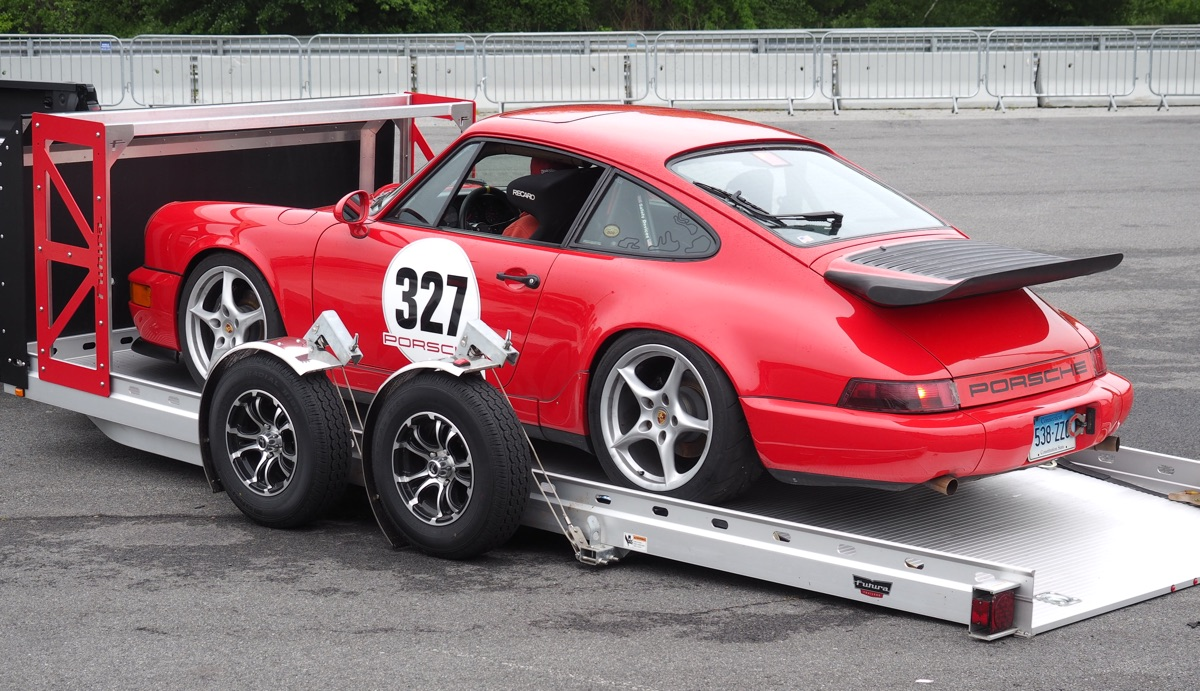vintage-day-one-ner-thompson-red-porsche-993-trailer
